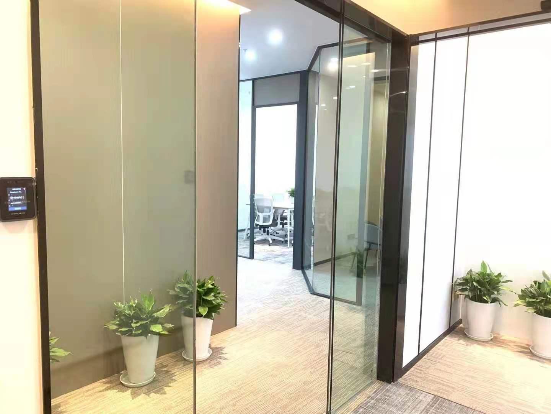 华盛大厦265平精装修办公室出租