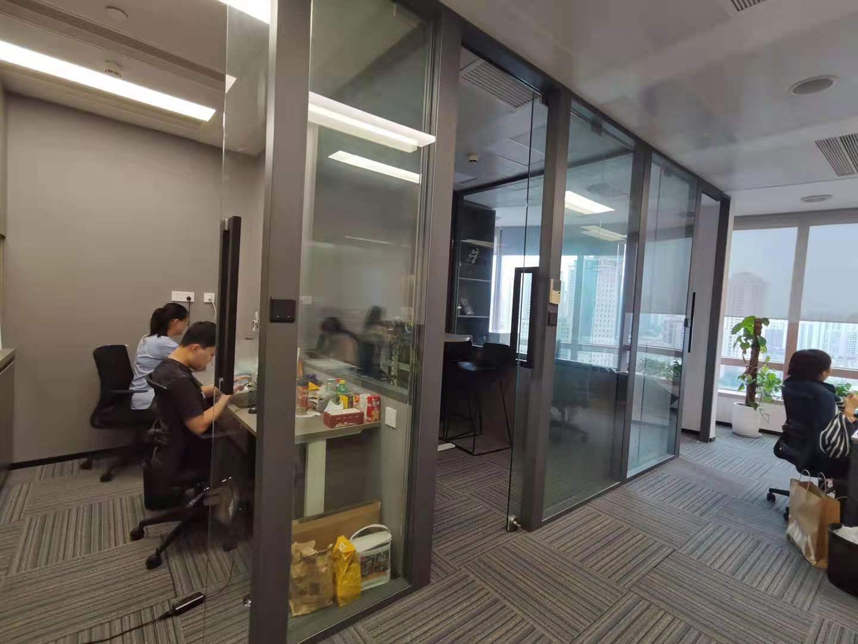 港汇中心出租联合办公室15人间